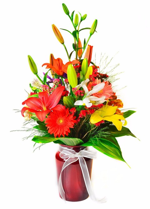 Florero primaveral: Liliums, astromelias, gerberas
