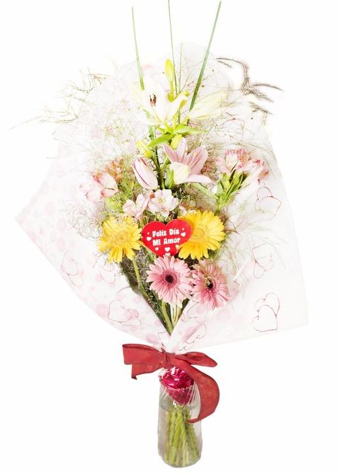 Romantico: ramo con 2 lilium, 4 gerberas y 3 alstroemerias