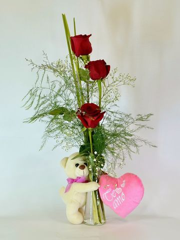 Florero con peluche y 3 rosas