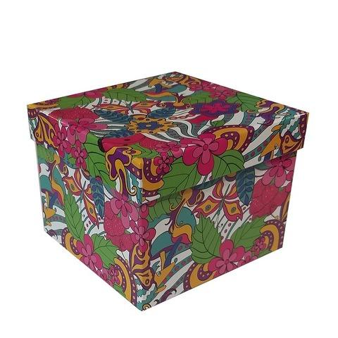 Caja de cartón plastificada Nº4 M